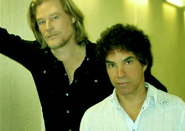 daryl hall john oates biography discography music news on 100 xr the net 39 s 1 rock station. Black Bedroom Furniture Sets. Home Design Ideas