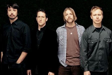 Foo Fighters Members : foo fighters biography discography music news on 100 xr the net 39 s 1 rock station ~ Vivirlamusica.com Haus und Dekorationen