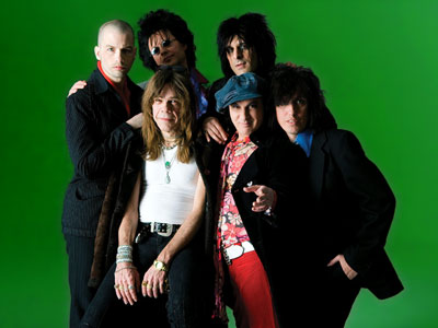 New York Dolls Biography Discography Music News On 100 Xr The Net S 1 Rock Station